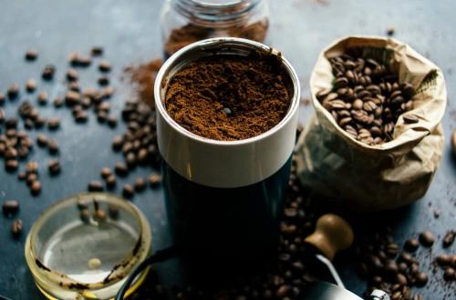 Jak wybrać dobrą kawę? Prosty poradnik dla początkujących